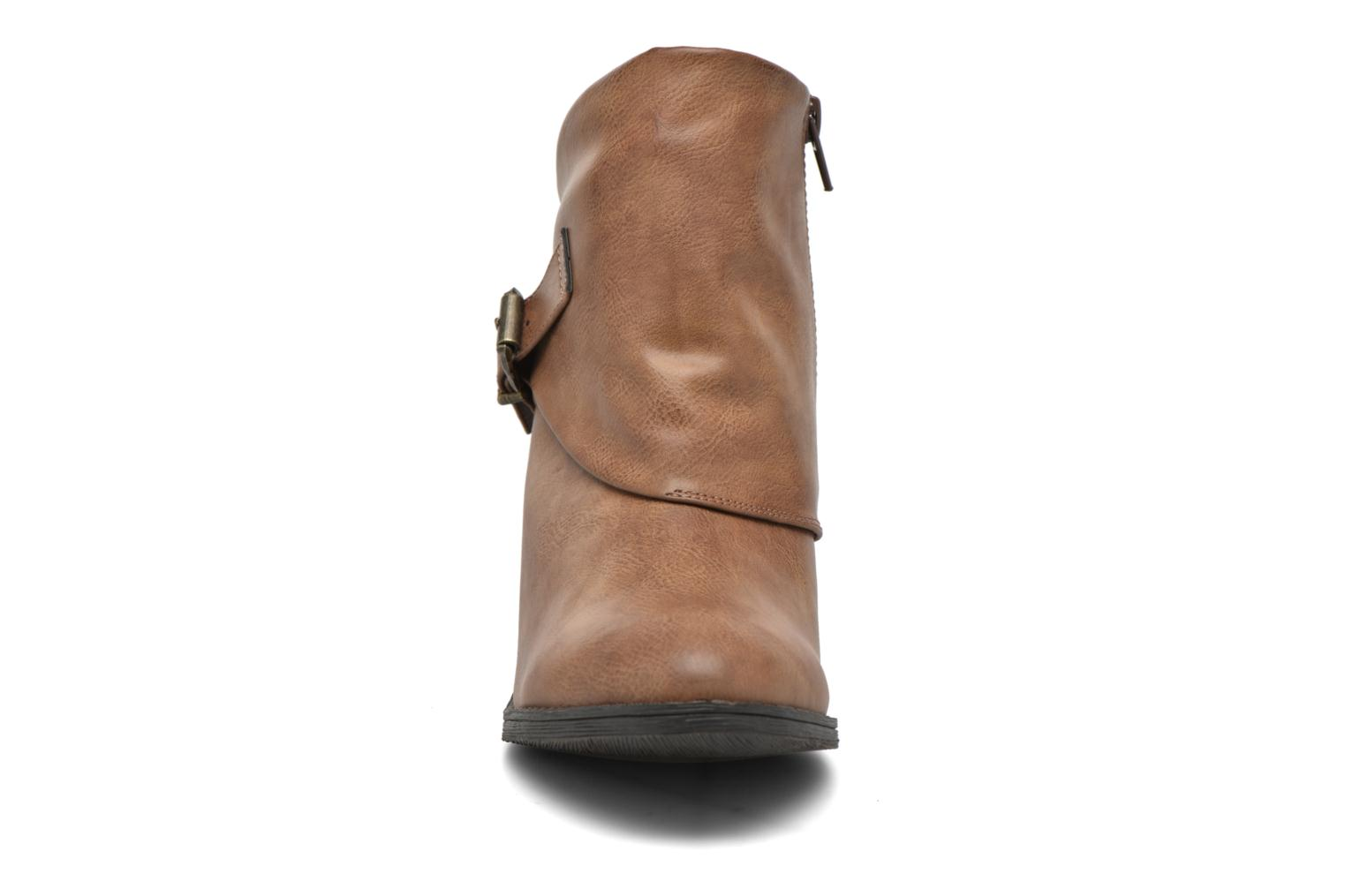 Ankle boots Blowfish Suba Brown model view