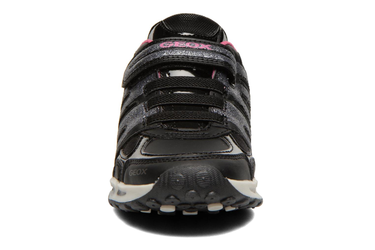 J Shuttle G. C Black/fuchsia