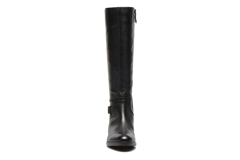 Stiefel Geox D FELICITY A D54G1A schwarz schuhe getragen