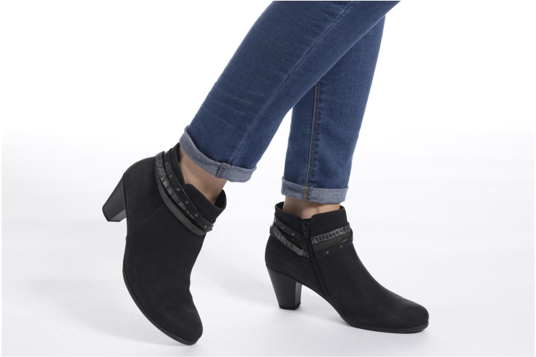 Stiefeletten & Boots Gabor Jalmira schwarz ansicht von unten / tasche getragen
