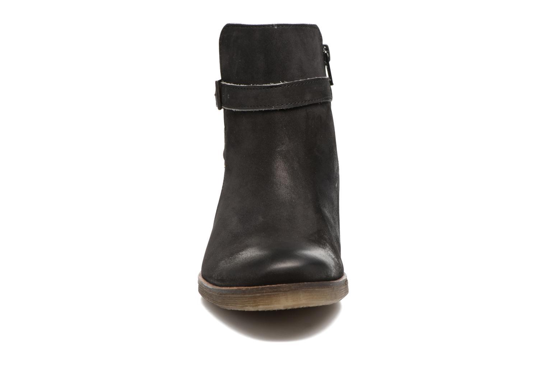 Bottines et boots Kickers Mila Noir vue portées chaussures
