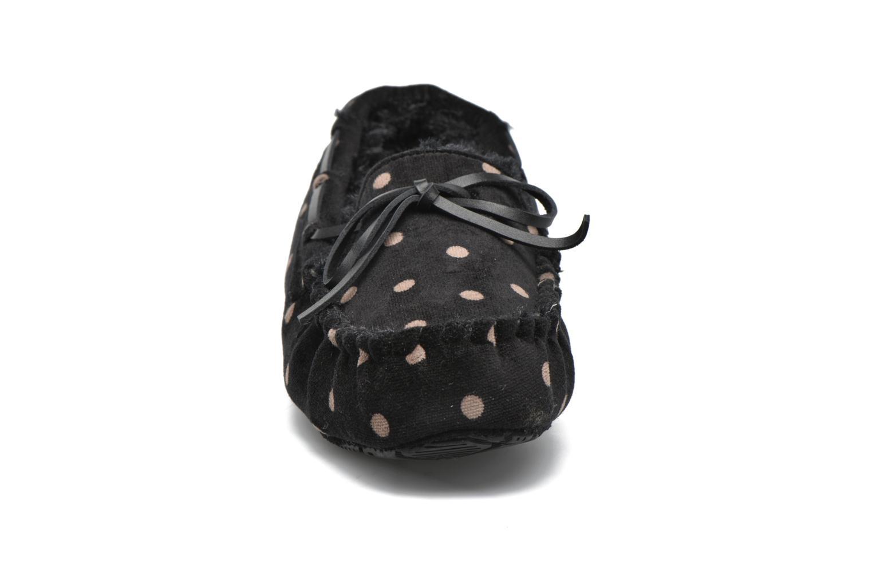 Chaussons Ruby Brown Mae Noir vue portées chaussures