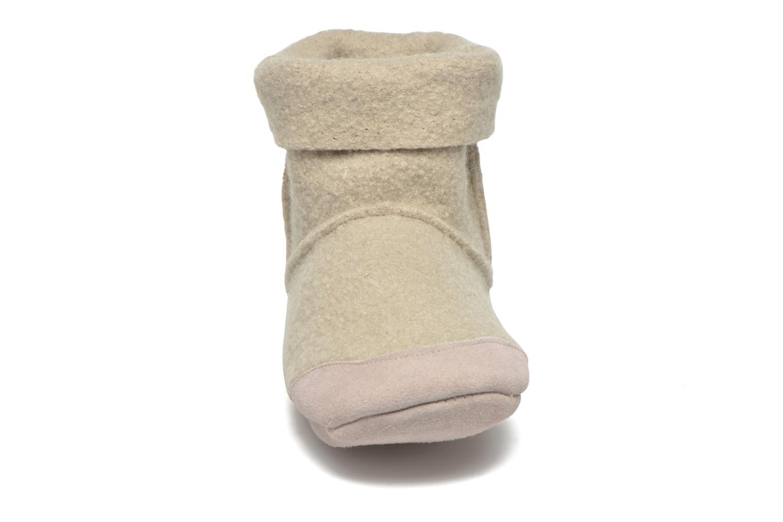 Hausschuhe Ruby Brown Ladies Bootee with Suede beige schuhe getragen