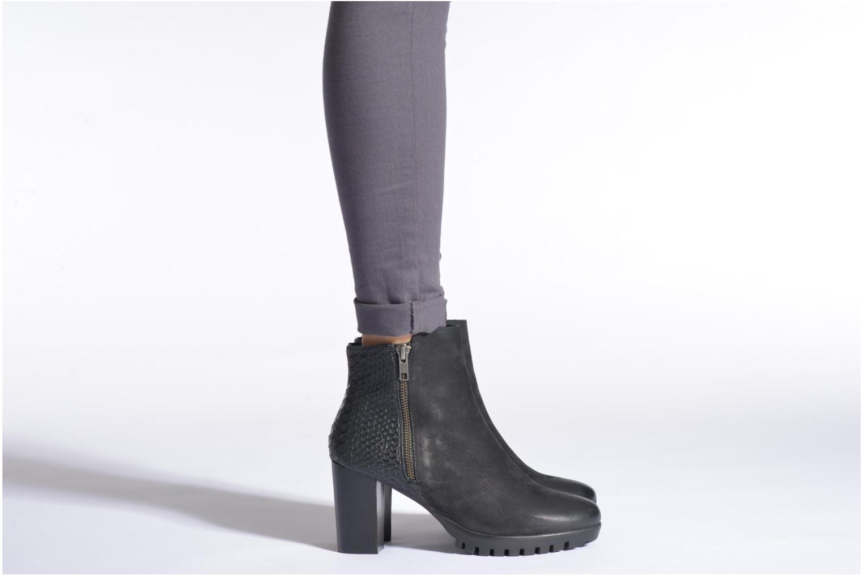 Stiefeletten & Boots SPM Hautelenge schwarz ansicht von unten / tasche getragen
