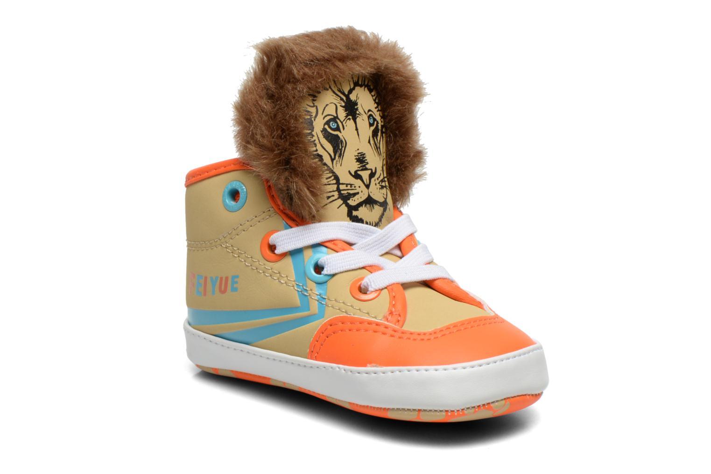 Sneakers Feiyue Delta Mid Animal Crib Multicolore modello indossato