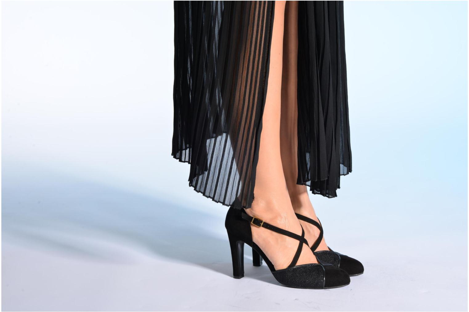 High heels Made by SARENZA Flore Thirties #2 Black view from underneath / model view