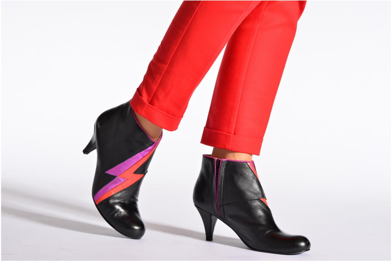 Bottines et boots Annabel Winship Ornette Noir vue bas / vue portée sac