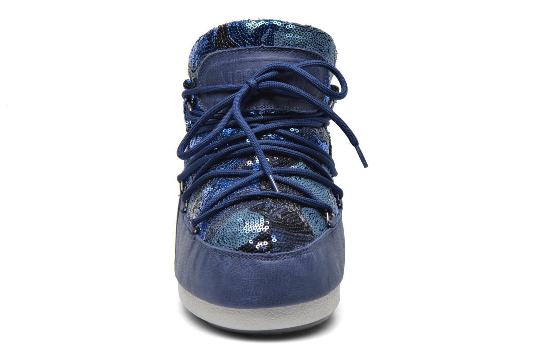 Stivaletti e tronchetti Moon Boot Buzz Paillettes Azzurro modello indossato