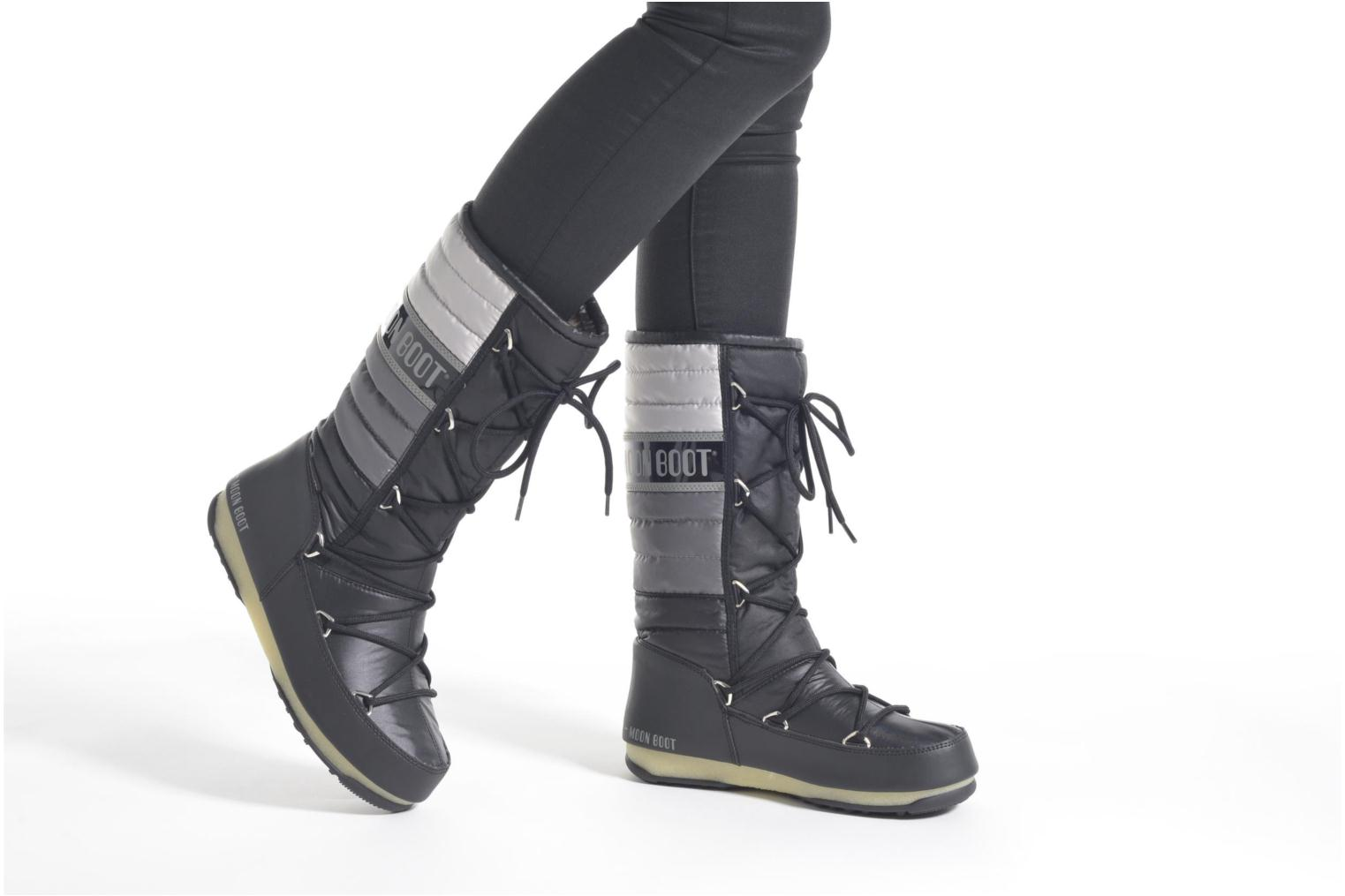 Ankle boots Moon Boot Quilted White view from underneath / model view