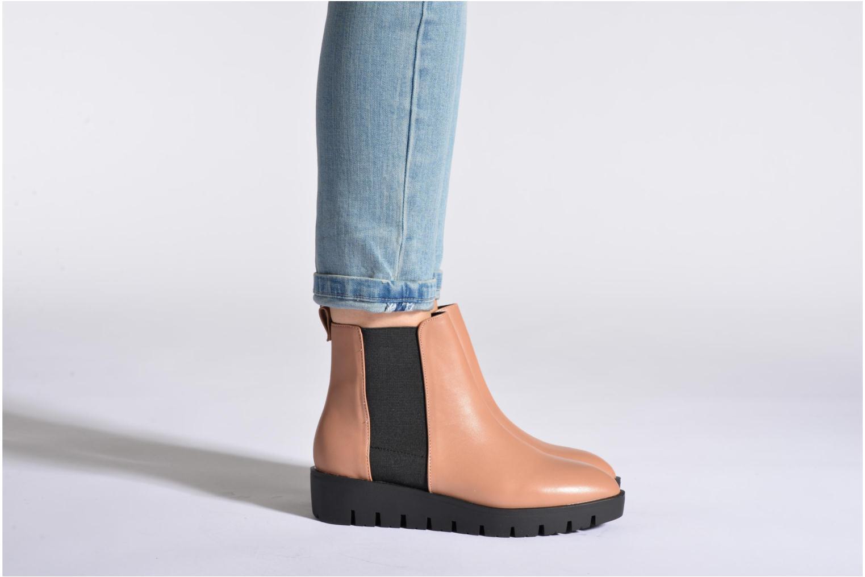 Bottines et boots Aldo EVORA Noir vue bas / vue portée sac