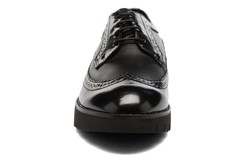 Chaussures à lacets Geox D BLENDA C D540BC Noir vue portées chaussures