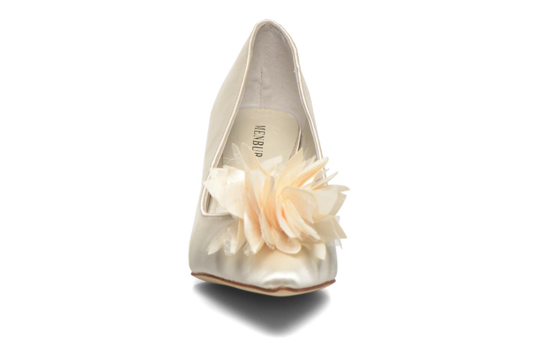 Zapatos de tacón Menbur Yves Blanco vista del modelo