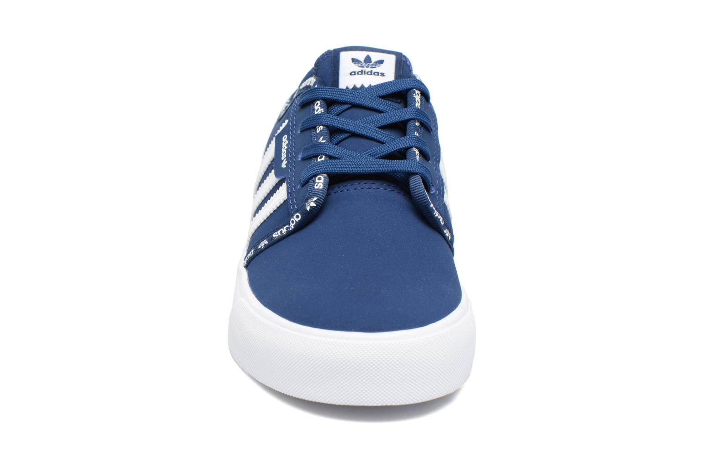 Trainers Adidas Originals Seeley J Blue model view