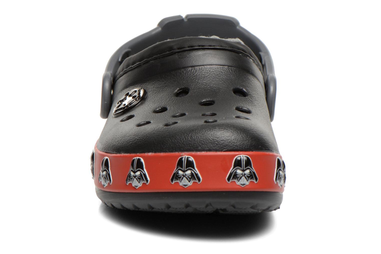 Sandaler Crocs CB Darth Vader Lined Clog Sort se skoene på