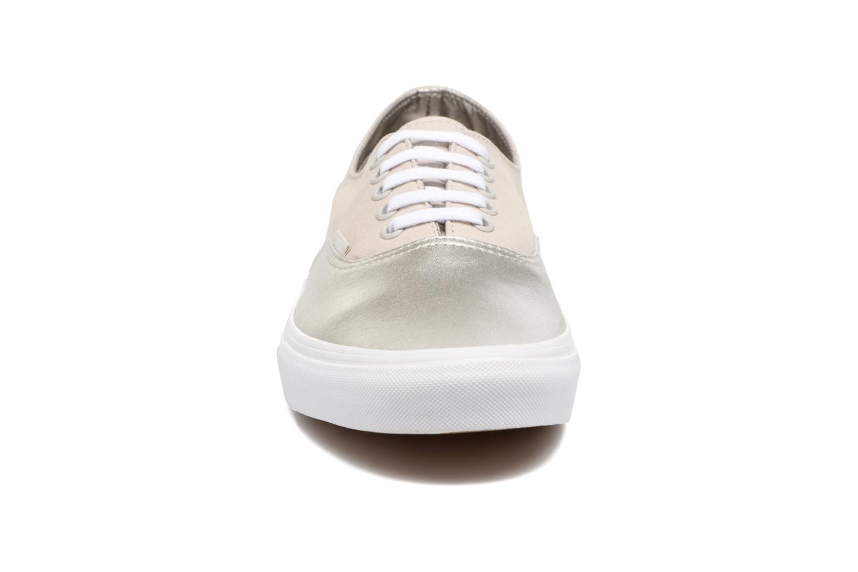Sneaker Vans Authentic Decon beige schuhe getragen