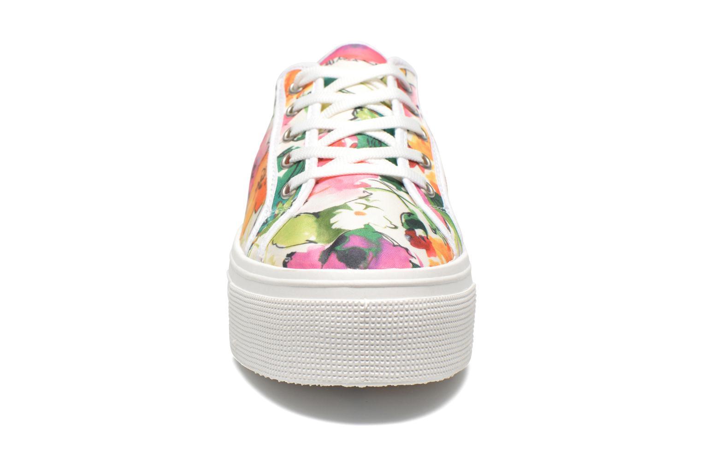 Sneakers Les Tropéziennes par M Belarbi Samba Bianco modello indossato