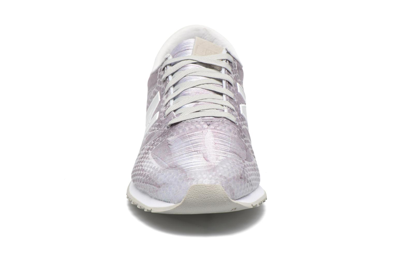 Baskets New Balance WL420 Multicolore vue portées chaussures