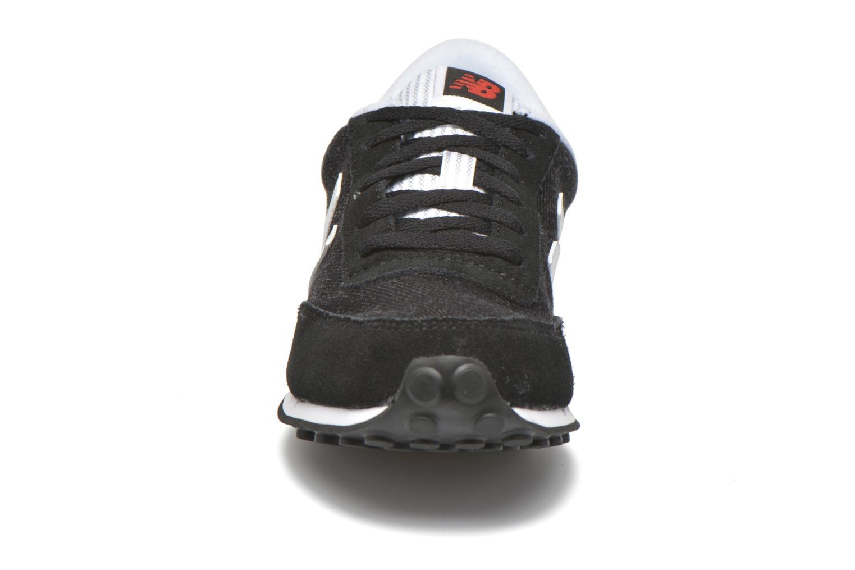 Baskets New Balance WL410 Noir vue portées chaussures