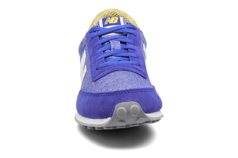 Baskets New Balance WL410 Bleu vue portées chaussures