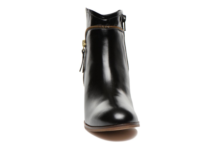 Bottines et boots Georgia Rose Cassine Noir vue portées chaussures