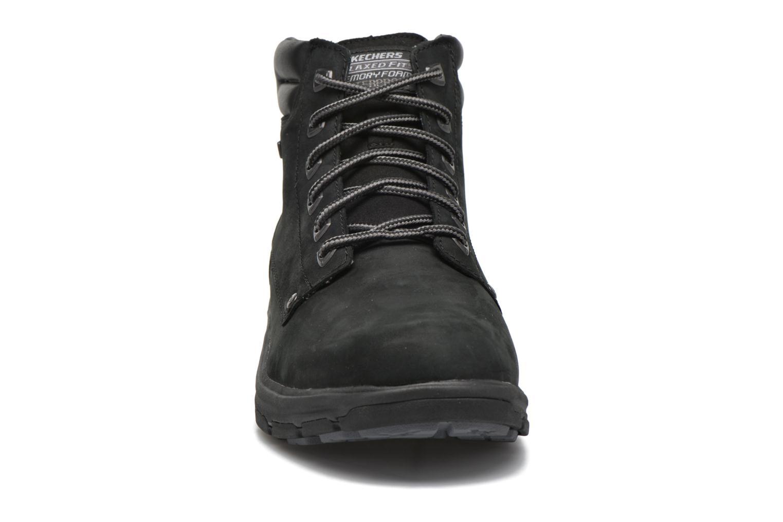 Bottines et boots Skechers Segment Amson 64593 Noir vue portées chaussures