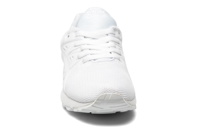 Baskets Asics Gel-Kayano Trainer Evo W Blanc vue portées chaussures