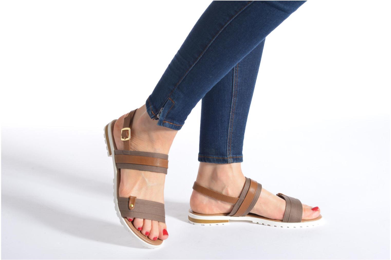 Sandales et nu-pieds I Love Shoes Subandi Marron vue bas / vue portée sac