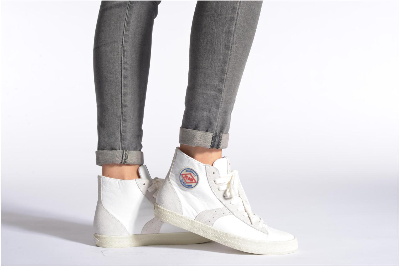 Sneaker P-L-D-M By Palladium Braden Cash weiß ansicht von unten / tasche getragen