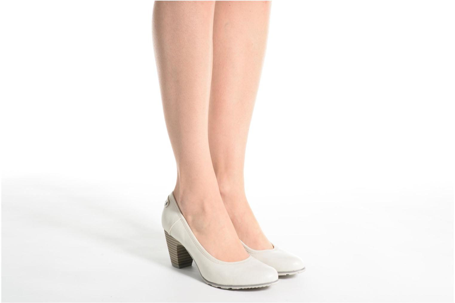 High heels S.Oliver Nyelle White view from underneath / model view