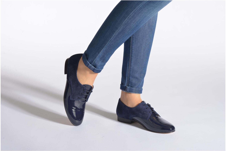 Chaussures à lacets Georgia Rose Volplané Bleu vue bas / vue portée sac