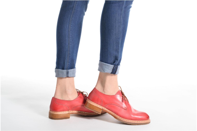 Chaussures à lacets Neosens Hondarribi S895 Rouge vue bas / vue portée sac