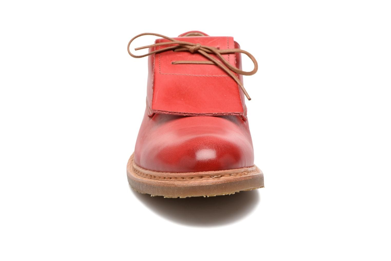 Chaussures à lacets Neosens Hondarribi S895 Rouge vue portées chaussures