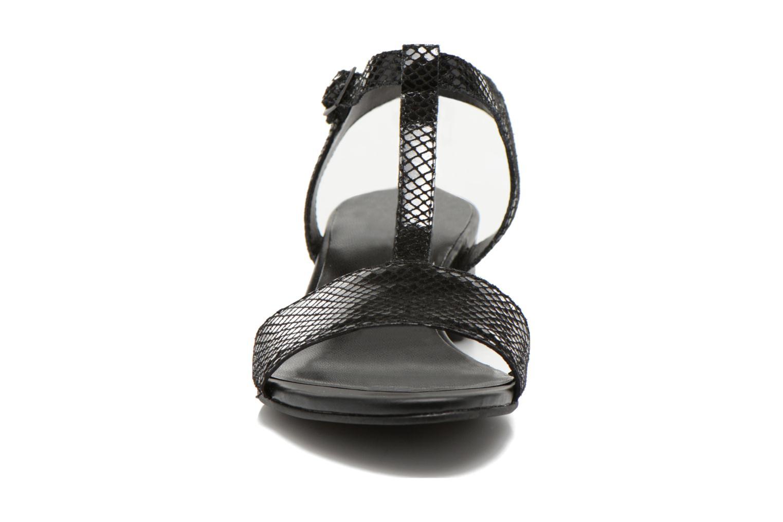 Sandales et nu-pieds Vagabond GAIA 4135-108 Noir vue portées chaussures
