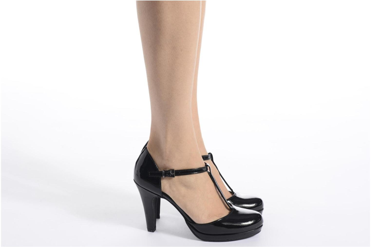 High heels Marco Tozzi Talia Black view from underneath / model view