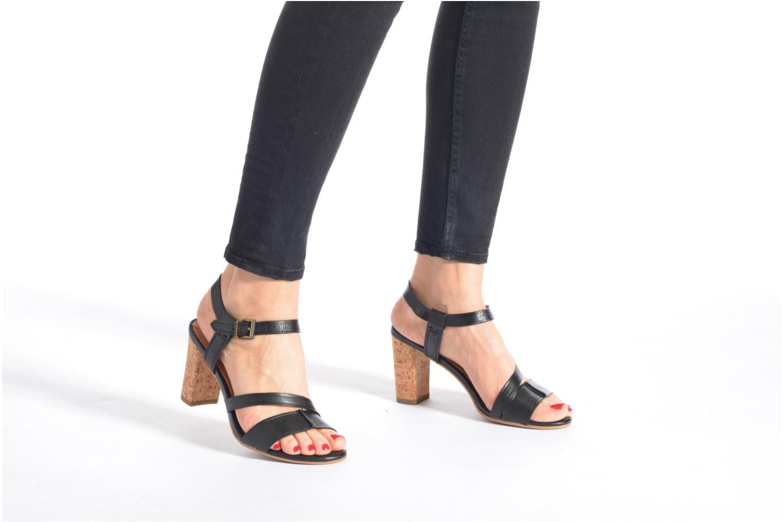 Sandales et nu-pieds Tamaris Mosuly Noir vue bas / vue portée sac