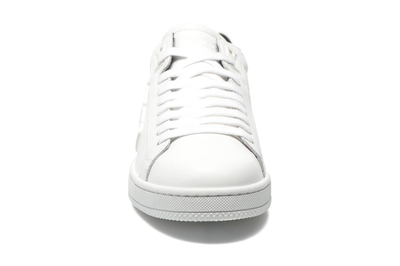 Sneaker Kenzo Tennix weiß schuhe getragen