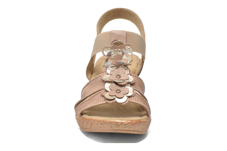 Sandalias Jana shoes Morana Beige vista del modelo