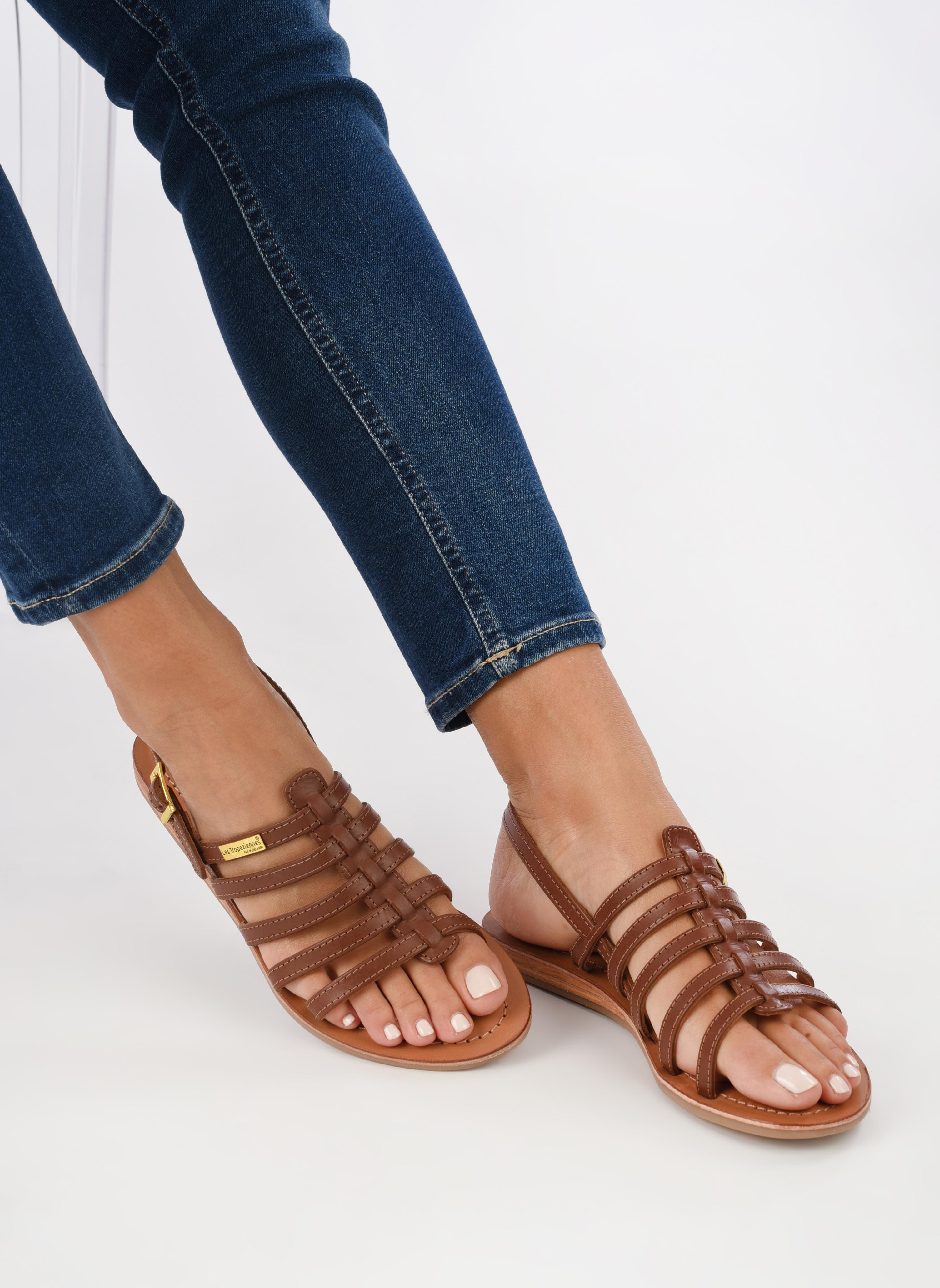 Sandalen Les Tropéziennes par M Belarbi Havapo braun ansicht von unten / tasche getragen