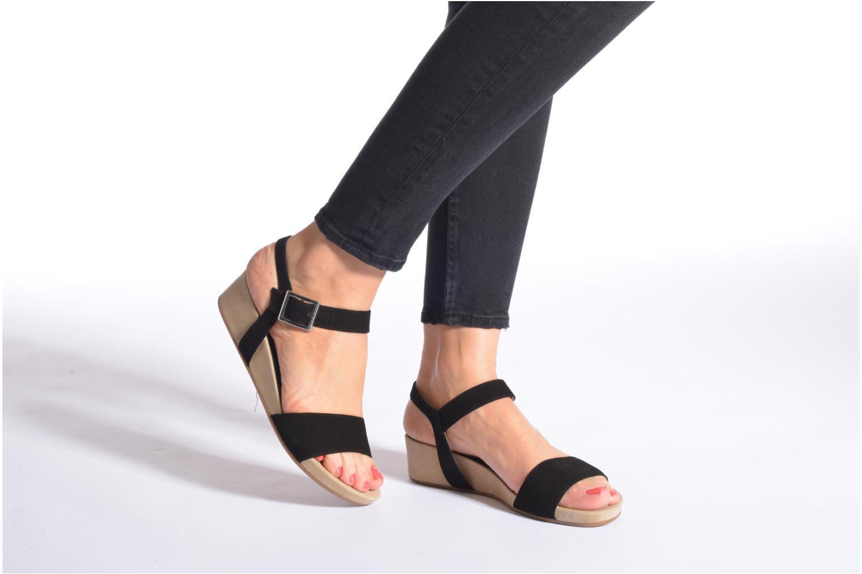 Sandales et nu-pieds Unisa Brujas Noir vue bas / vue portée sac