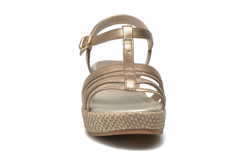 Sandales et nu-pieds Unisa Tolito Or et bronze vue portées chaussures