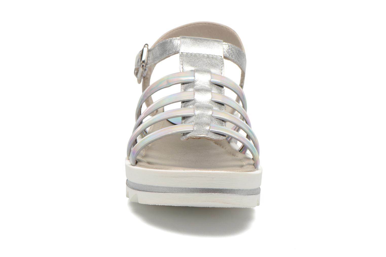 Sandali e scarpe aperte Unisa Tresor Argento modello indossato