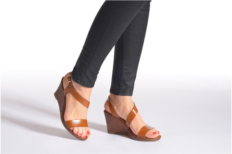 Sandales et nu-pieds Georgia Rose Ecarme Marron vue bas / vue portée sac