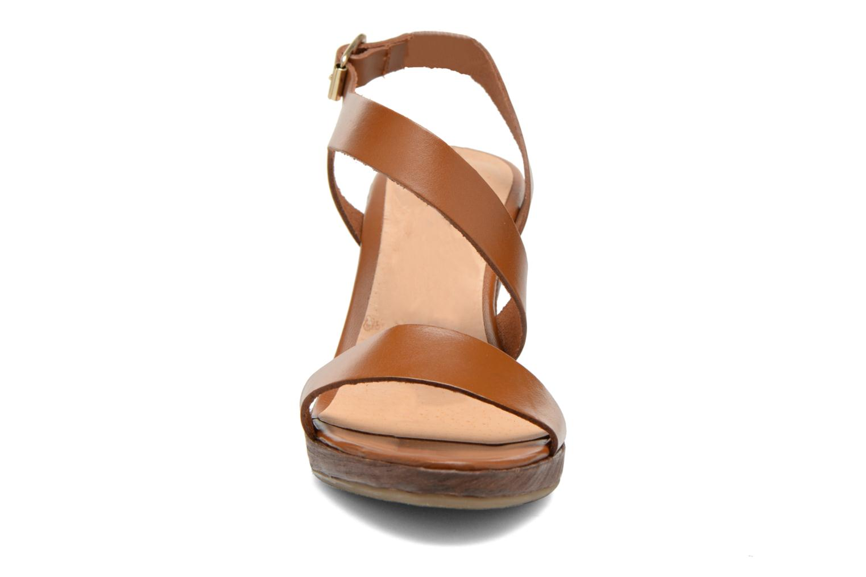 Sandales et nu-pieds Georgia Rose Ecarme Marron vue portées chaussures