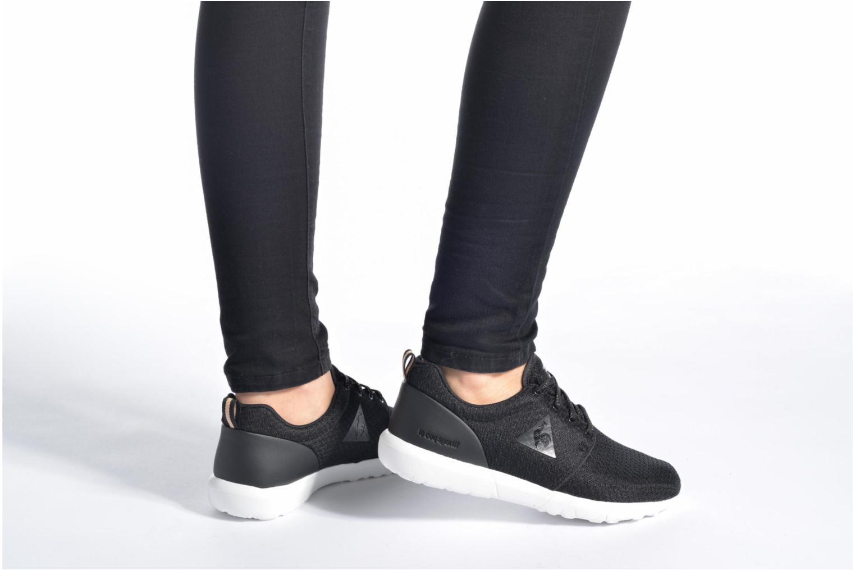 Sneaker Le Coq Sportif Dynacomf W Feminine Mesh schwarz ansicht von unten / tasche getragen