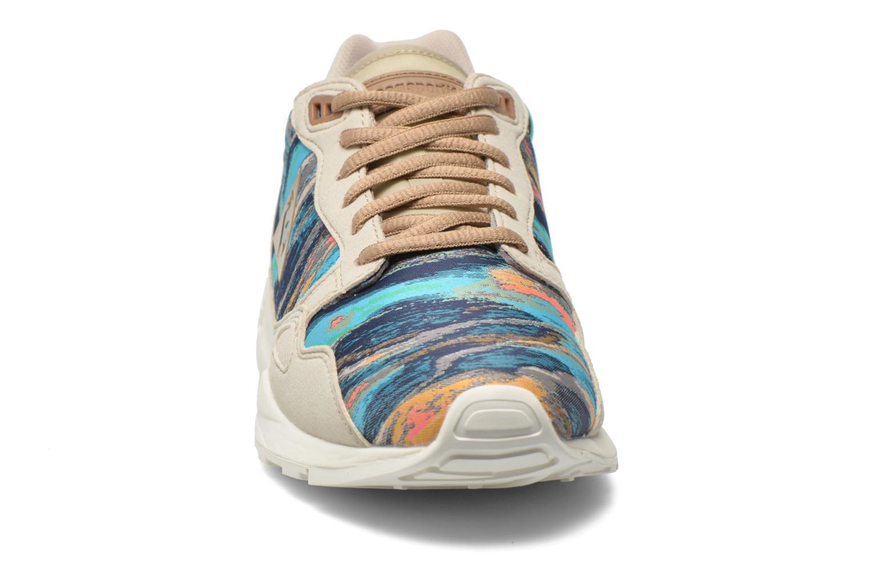 Baskets Le Coq Sportif LCS R900 W Cloud Jacquard Multicolore vue portées chaussures