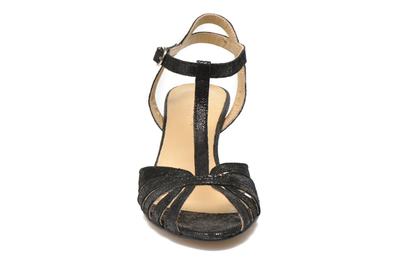 Sandales et nu-pieds Jonak Doliate Noir vue portées chaussures