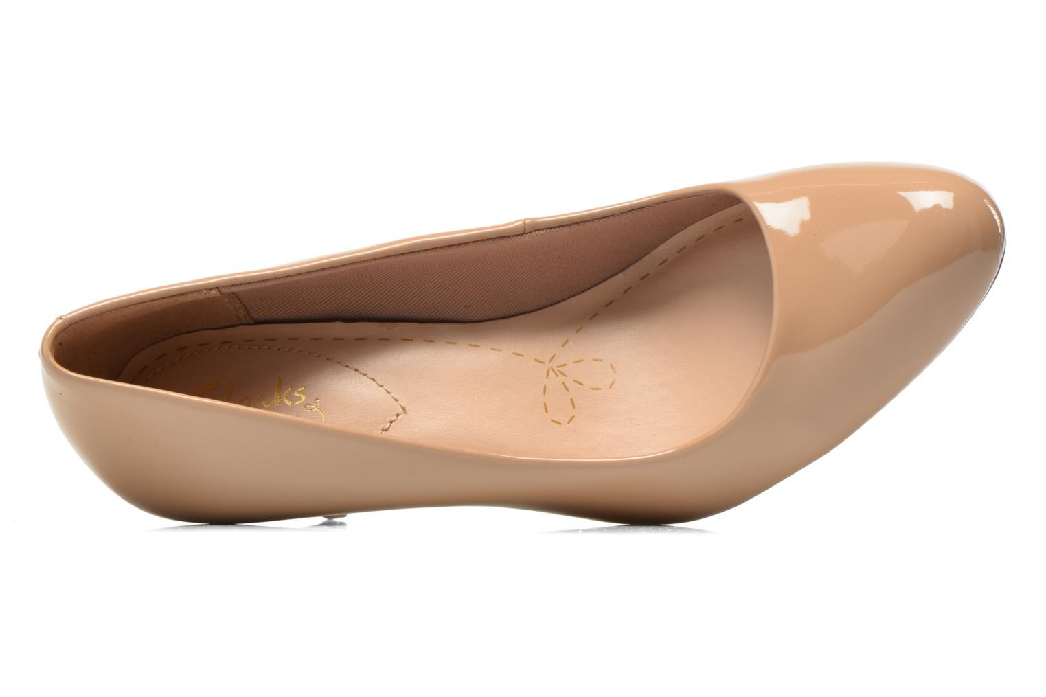 High heels Clarks Carlita Cove Beige view from the left