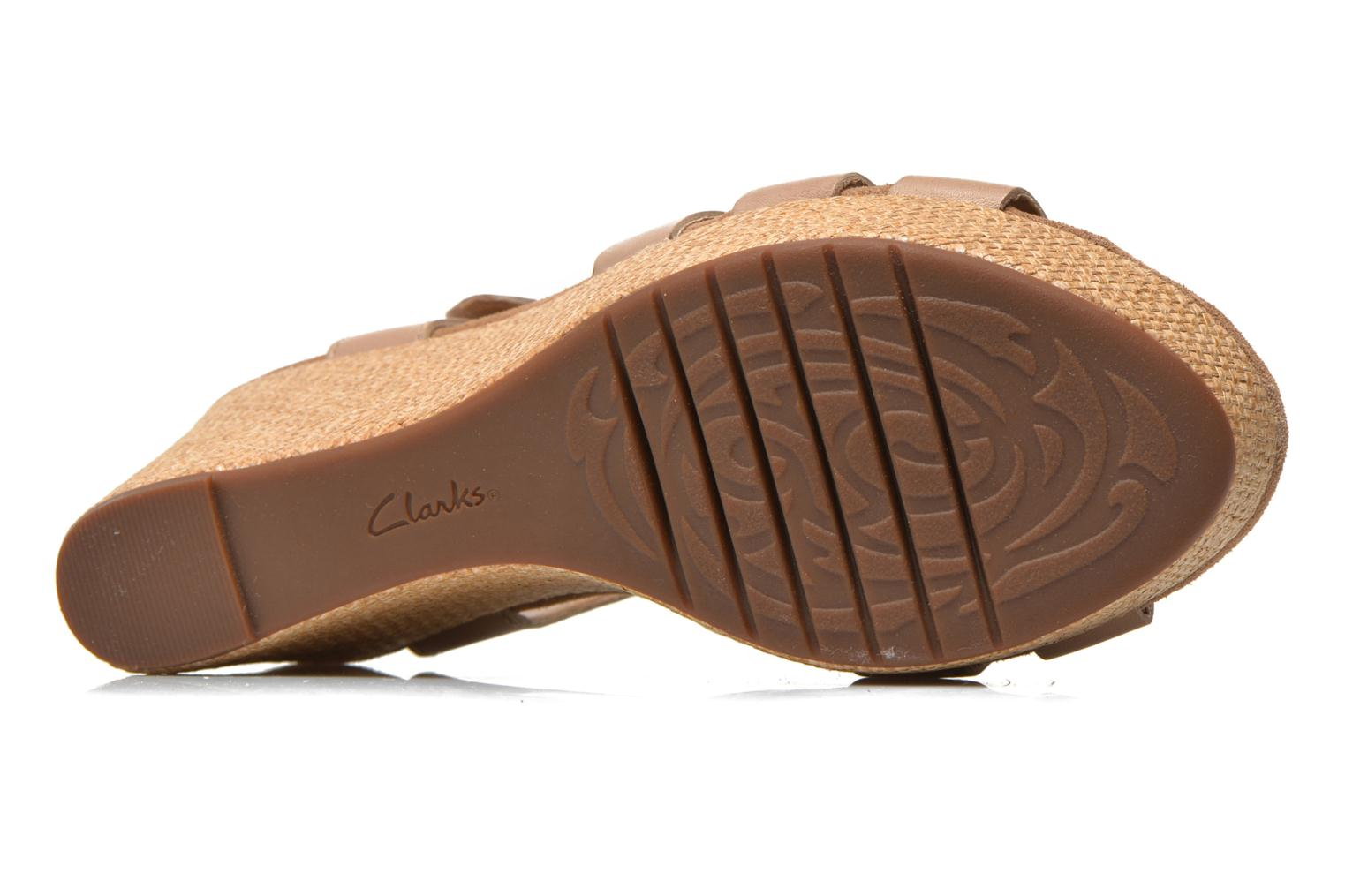 Sandals Clarks Caslynn Harp Beige view from above