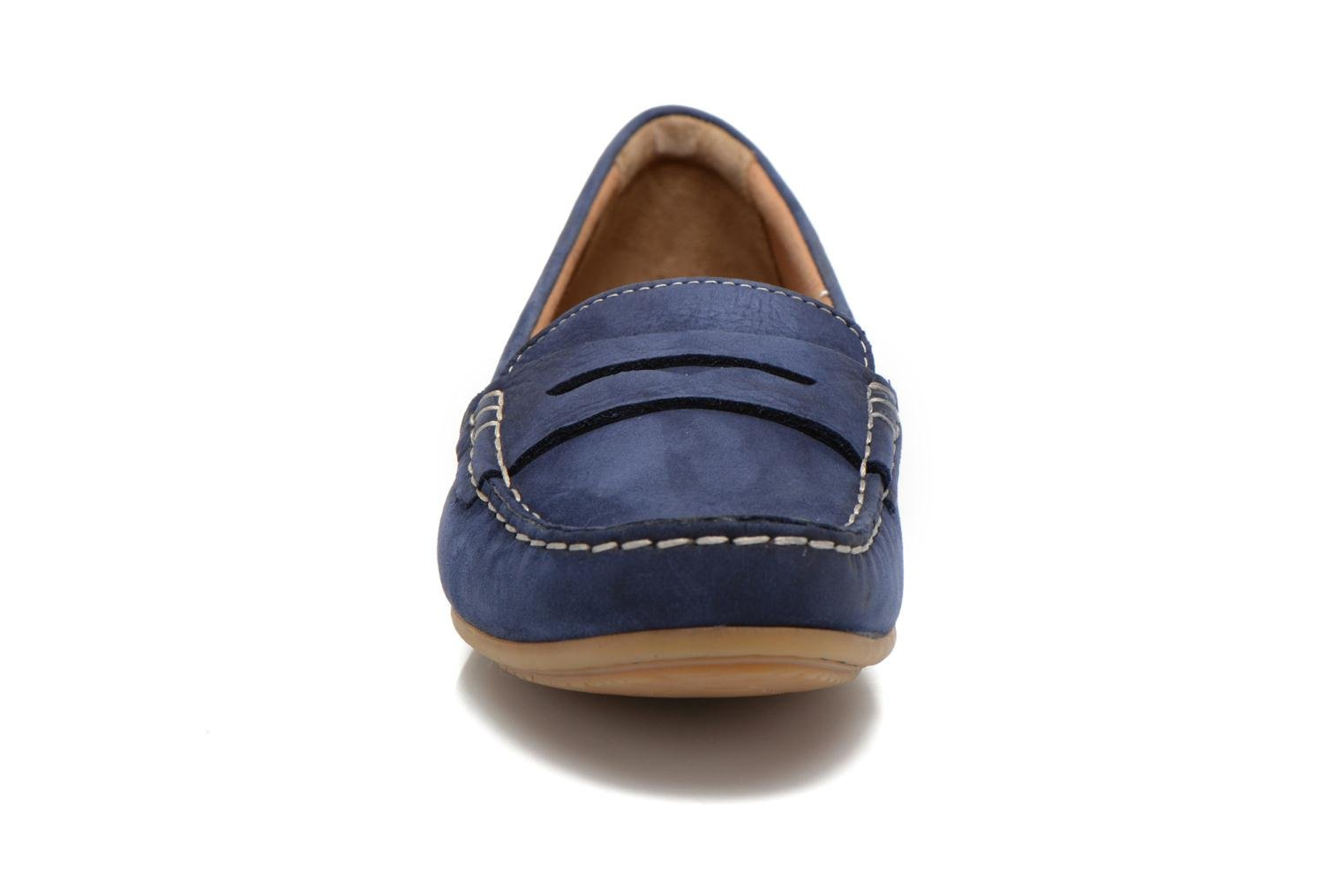 Loafers Clarks Doraville Nest Blue model view