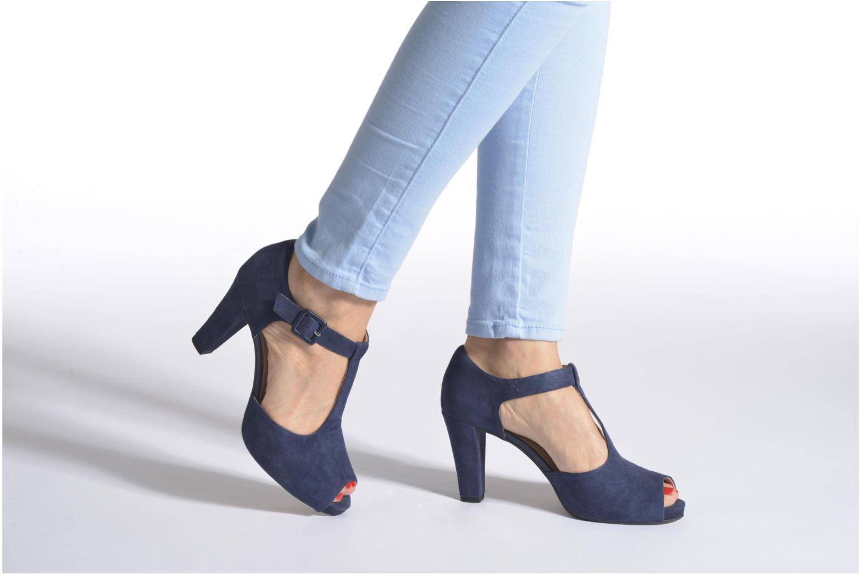Zapatos de tacón Clarks Kendra Flower Rosa vista de abajo